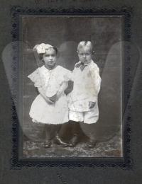 Ethel (1902-1999) & John (1903-1918) Cossell - Children of Hardin & Jennie Cossell