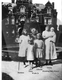Eloise, Bernice, Wade Jr., Alberta, Elsie & Harry (1922 in front of Orphanage)