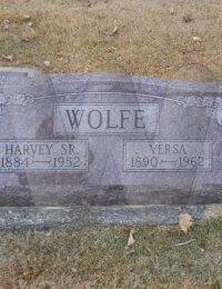 Harvey & Versa Wolfe - grave marker
